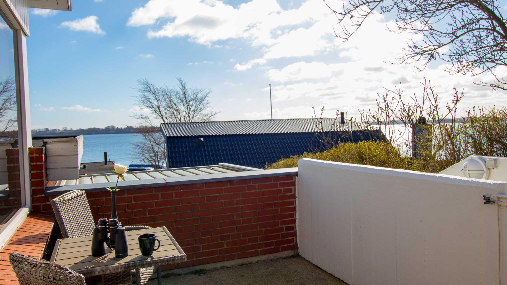 Lejlighedens terrasse
